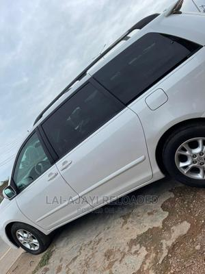 Toyota Sienna 2005 XLE Limited White   Cars for sale in Osun State, Olorunda-Osun