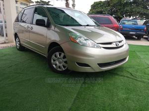 Toyota Sienna 2009 LE Gold | Cars for sale in Lagos State, Ikeja