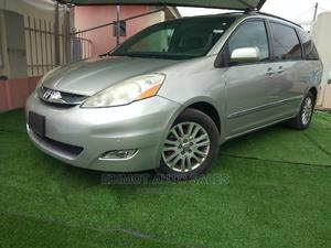 Toyota Sienna 2007 XLE Limited Silver   Cars for sale in Lagos State, Ikeja