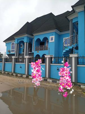 Furnished 3bdrm Block of Flats in Osubi, Warri For Sale | Houses & Apartments For Sale for sale in Delta State, Warri