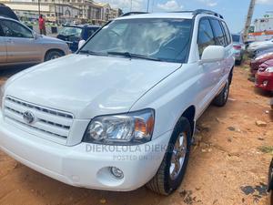 Toyota Highlander 2006 V6 White | Cars for sale in Lagos State, Ikeja