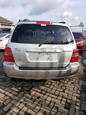Toyota Highlander 2002 Limited V6 AWD Silver | Cars for sale in Lagos State, Ikeja