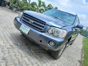 Toyota Highlander 2004 Base AWD Blue | Cars for sale in Abuja (FCT) State, Apo District