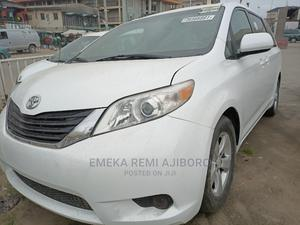 Toyota Sienna 2012 LE 7 Passenger White | Cars for sale in Lagos State, Ojo