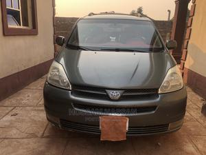 Toyota Sienna 2005 XLE AWD Green | Cars for sale in Niger State, Bida