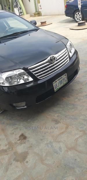 Toyota Corolla 2002 1.6 Sedan Automatic Black | Cars for sale in Lagos State, Abule Egba