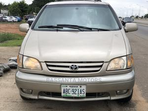 Toyota Sienna 2001 XLE Gold | Cars for sale in Abuja (FCT) State, Gwarinpa