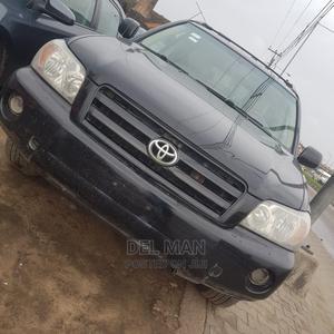Toyota Highlander 2004 Black   Cars for sale in Lagos State, Surulere