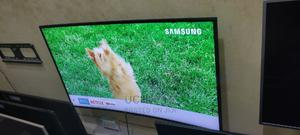 """2018 Samsung 49"""" Smart UHD 4K HDR 10 Wi-Fi Curved LED TV 