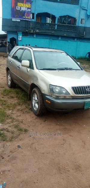 Lexus RX 2001 300 4WD Gold | Cars for sale in Imo State, Owerri