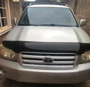 Toyota Highlander 2004 V6 AWD Silver | Cars for sale in Osun State, Osogbo