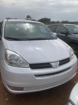 Toyota Sienna 2004 White | Cars for sale in Edo State, Benin City