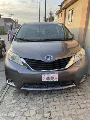 Toyota Sienna 2011 LE 7 Passenger Mobility Gray   Cars for sale in Lagos State, Ajah