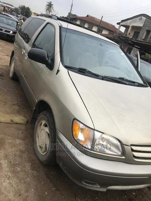 Toyota Sienna 2003 XLE Gold | Cars for sale in Oyo State, Ibadan