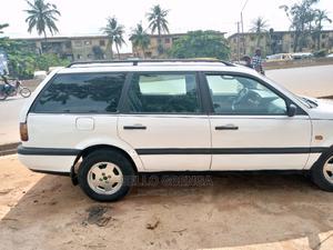 Volkswagen Passat 1999 2.5 D White   Cars for sale in Lagos State, Alimosho