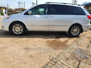 Toyota Sienna 2007 XLE Limited 4WD White | Cars for sale in Lagos State, Ifako-Ijaiye