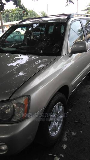 Toyota Highlander 2003 Gold | Cars for sale in Lagos State, Ikotun/Igando