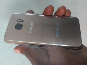 Samsung Galaxy S7 edge 32 GB Gold   Mobile Phones for sale in Imo State, Owerri
