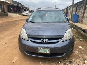 Toyota Sienna 2006 LE AWD Gray | Cars for sale in Lagos State, Alimosho
