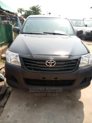 Toyota Hilux 2013 SR5 4x4 Black | Cars for sale in Lagos State, Agege