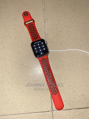 Clean Apple Iwatch Series 4 44mm GPS + LTE   Smart Watches & Trackers for sale in Akwa Ibom State, Uyo