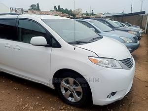 Toyota Sienna 2011 LE 7 Passenger White   Cars for sale in Plateau State, Jos