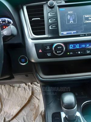 Toyota Highlander 2015 Silver | Cars for sale in Lagos State, Ikorodu