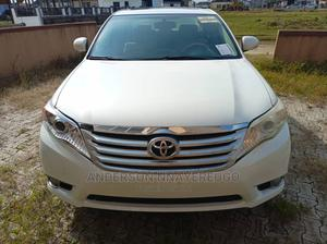 Toyota Avalon 2012 White   Cars for sale in Lagos State, Ajah