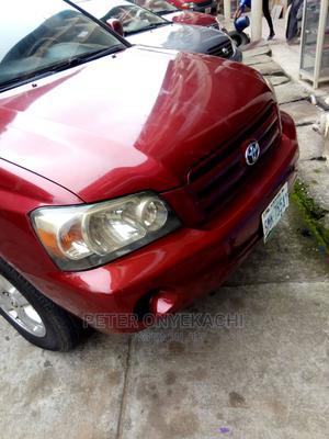 Toyota Highlander 2004 V6 AWD Red | Cars for sale in Abuja (FCT) State, Jabi