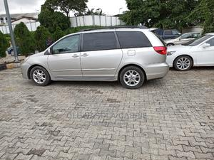 Toyota Sienna 2005 XLE Gold | Cars for sale in Lagos State, Ikeja