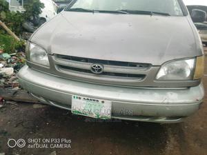 Toyota Sienna 2000 XLE & 1 Hatch Brown   Cars for sale in Lagos State, Amuwo-Odofin