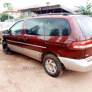 Toyota Sienna 2002 XLE Red | Cars for sale in Enugu State, Enugu