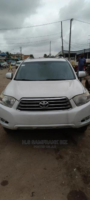 Toyota Highlander 2009 White   Cars for sale in Lagos State, Amuwo-Odofin