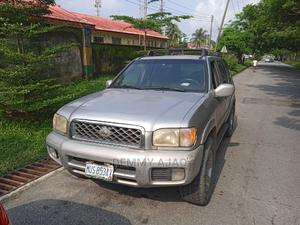 Nissan Pathfinder 2003 LE RWD SUV (3.5L 6cyl 4A) Gold | Cars for sale in Cross River State, Calabar