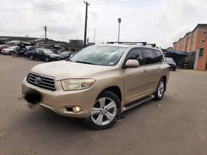 Toyota Highlander 2009 Limited Gold   Cars for sale in Lagos State, Surulere