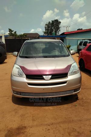 Toyota Sienna 2005 LE AWD Brown | Cars for sale in Delta State, Oshimili South