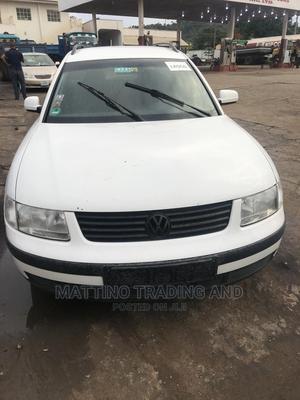 Volkswagen Passat 2000 2.8 White   Cars for sale in Ekiti State, Ado Ekiti
