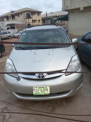 Toyota Sienna 2006 XLE Limited AWD Silver | Cars for sale in Lagos State, Isolo