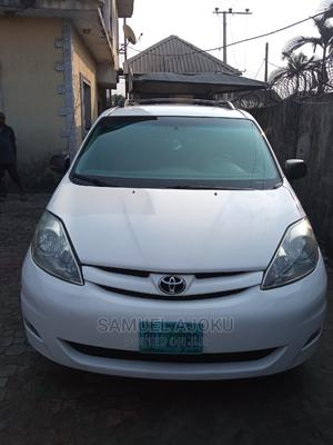 Toyota Sienna 2006 LE FWD White   Cars for sale in Rivers State, Port-Harcourt