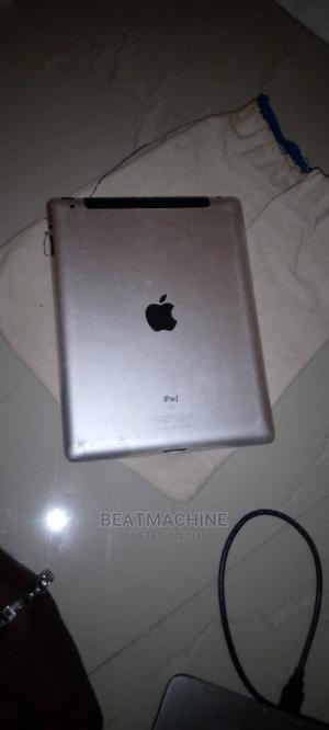 Apple iPad 2 Wi-Fi + 3G 64 GB Silver | Tablets for sale in Lagos State, Epe