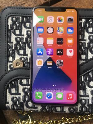 Apple iPhone 11 Pro Max 256 GB Gold   Mobile Phones for sale in Lagos State, Lagos Island (Eko)