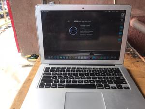 Laptop Apple MacBook Air 2013 4GB Intel Core I5 SSHD (Hybrid) 128GB   Laptops & Computers for sale in Lagos State, Ikeja