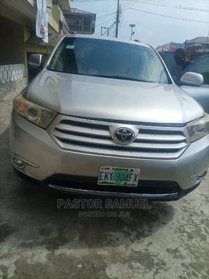 Toyota Highlander 2012 SE Silver | Cars for sale in Lagos State, Isolo
