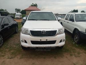 Toyota Hilux 2014 SR 4x4 White | Cars for sale in Abuja (FCT) State, Kubwa