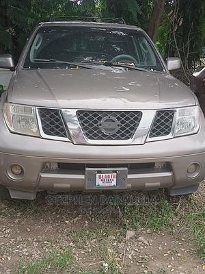 Nissan Pathfinder 2007 4.0 V6 Automatic Gold | Cars for sale in Abuja (FCT) State, Wuse