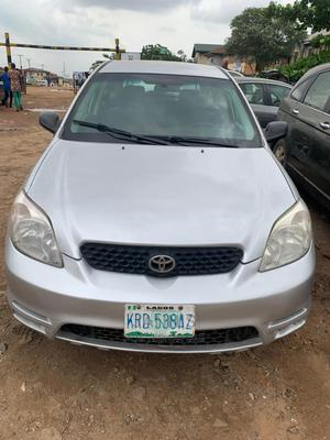 Toyota Matrix 2004 Silver | Cars for sale in Lagos State, Ogba