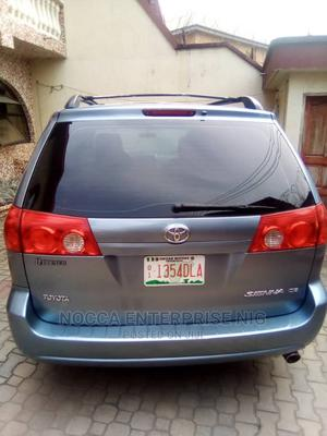 Toyota Sienna 2009 Blue | Cars for sale in Lagos State, Amuwo-Odofin