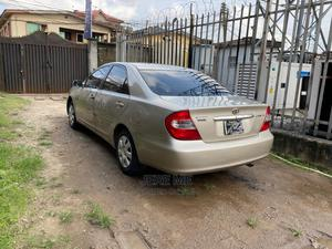 Toyota Camry 2004 Gold | Cars for sale in Lagos State, Mushin