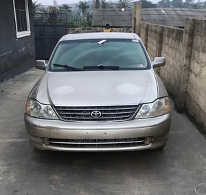 Toyota Avalon 2003 XLS W/ Bucket Seats Gold | Cars for sale in Oyo State, Ibadan