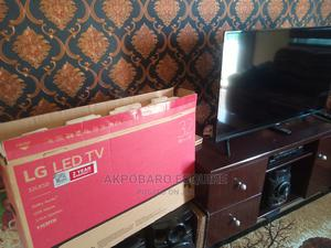 32 Inches LG TV for a Serious Buyer | TV & DVD Equipment for sale in Akwa Ibom State, Uyo